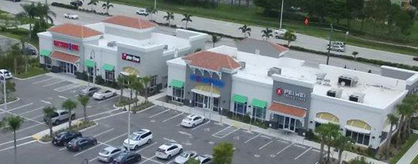 Pei Wei Retail Center, Estero